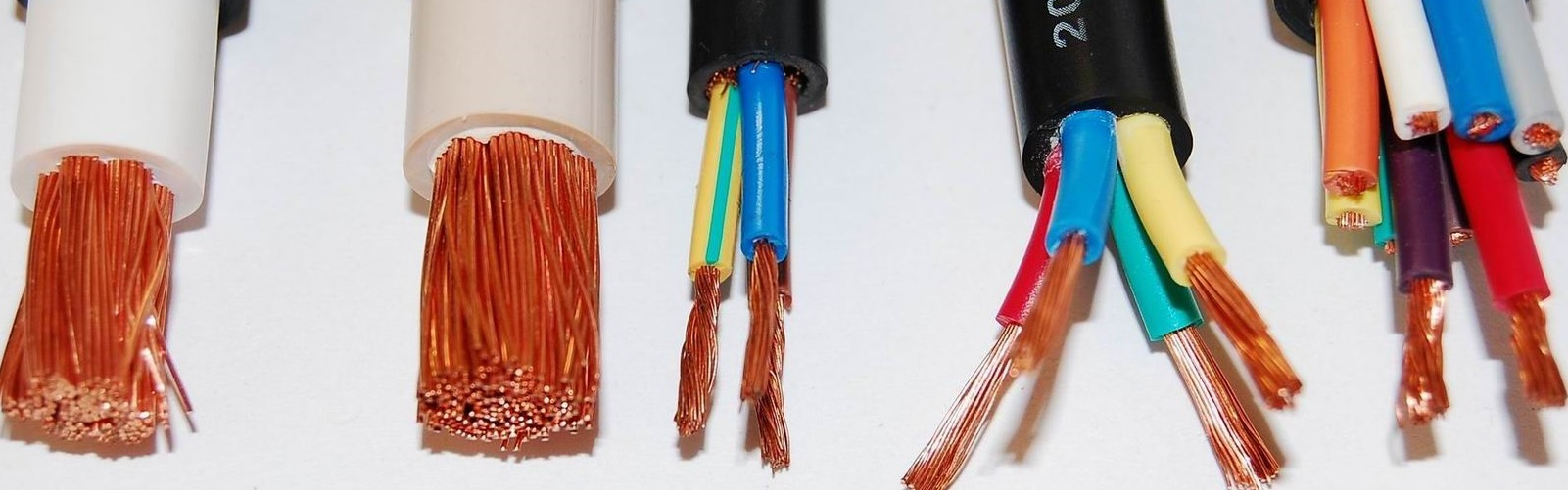 Banner dây cáp điện Ls-Vina