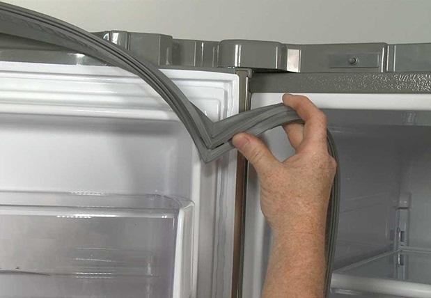 gioăng tủ lạnh mất độ đàn hồi