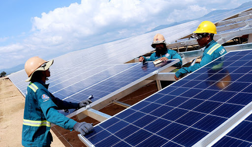 Hệ thống điện mặt trời cho gia đình