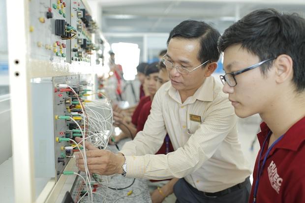 Ngành kỹ thuật điện là gì