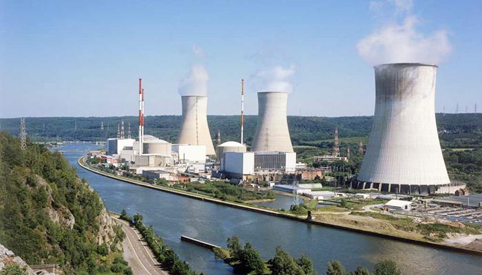 Nhà máy điện hạt nhân đặt gần nguồn nước