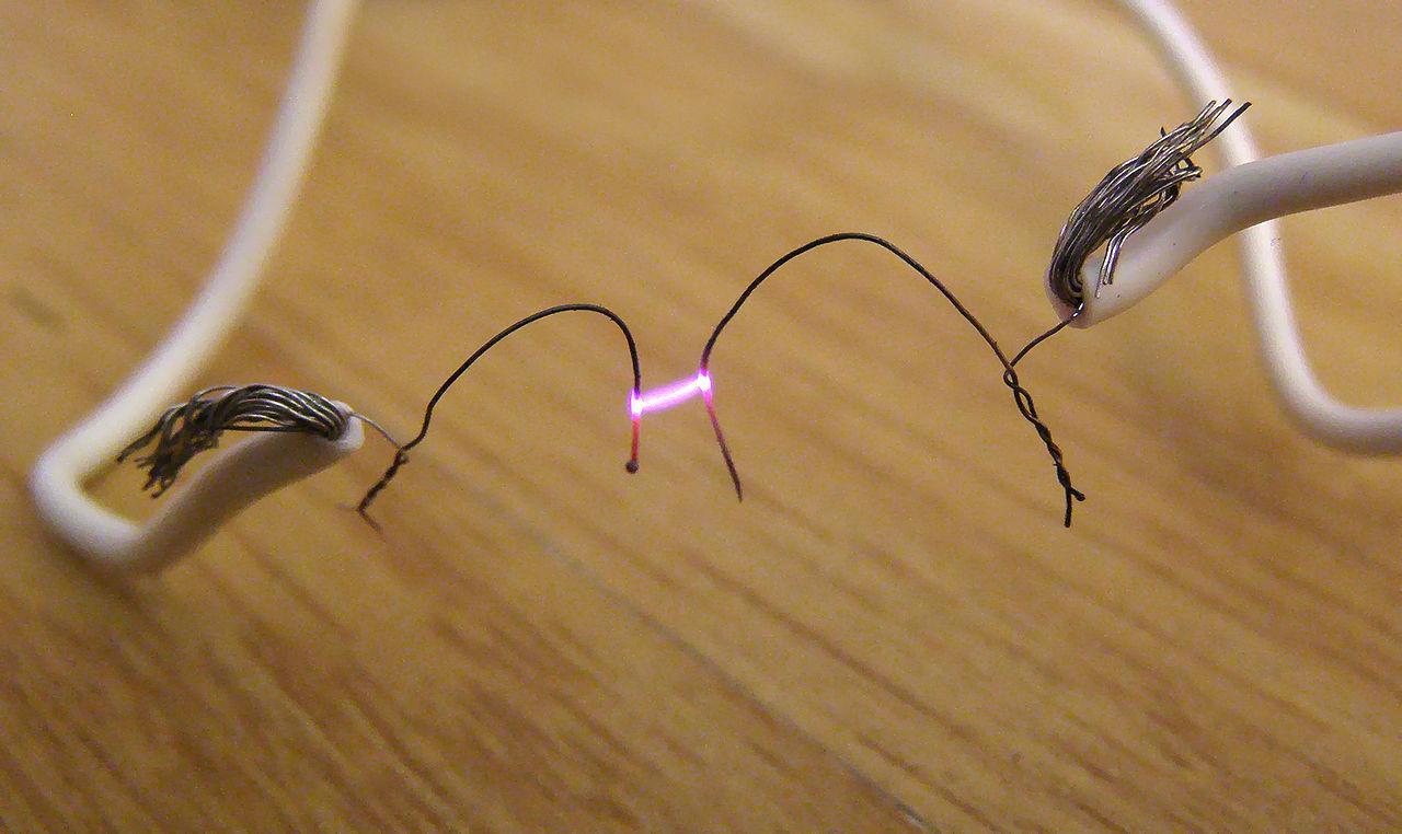 Phát sinh hồ quang điện